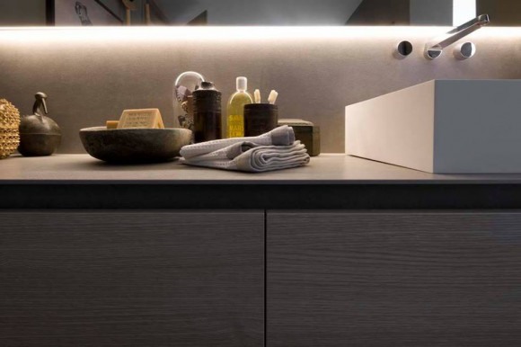Arclinea is present at Cersaie 2017